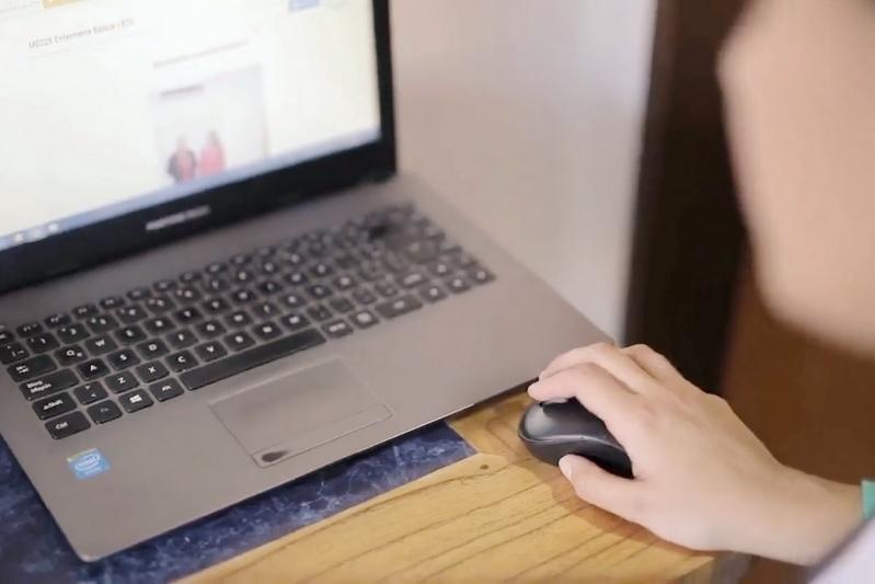 Aulas virtuales y plataformas educativas: la experiencia de los docentes