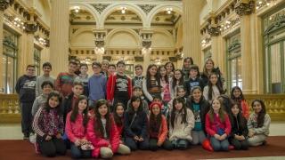 Los chicos de Villa Mercedes disfrutaron de  una jornada de cultura y aprendizaje en Buenos Aires