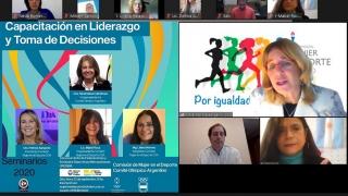 """Profesionales del Campus ULP participaron del """"Seminario de Capacitación de la Mujer"""""""