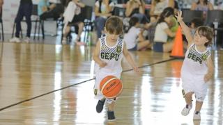 Espectacular encuentro de mini básquet con  más de 350 niños en el Campus