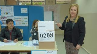 """Liliana Bartolucci: """"Defendamos nuestra provincia y la puntanidad por sobre todas las cosas"""""""