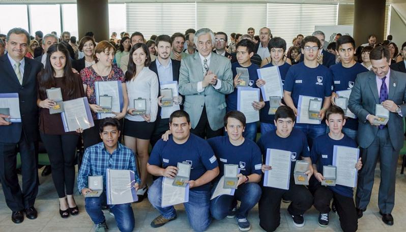 """""""Me llena de orgullo este reconocimiento que les hacemos a los chicos de la Universidad de La Punta"""""""