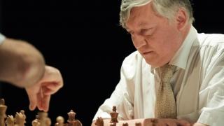 ¿Quien es el GM Anatoli Karpov?