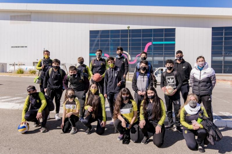 """Alumnos del """"Lobo"""" visitaron el Campus"""
