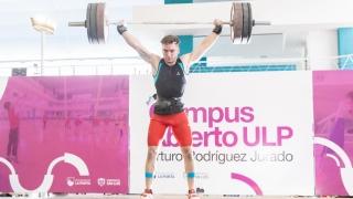 El torneo internacional de levantamiento olímpico convocó a 80 deportistas