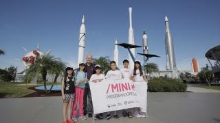 Los ganadores visitaron el Centro Espacial Kennedy