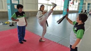 La escuela generativa del club Estudiantes compartió una mañana de actividades en el Campus