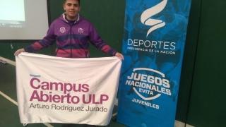 Nicolás Andino se colgó un bronce histórico en levantamiento olímpico