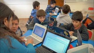 Escuelas Públicas Digitales: 942 alumnos sumados a la Sociedad del Conocimiento
