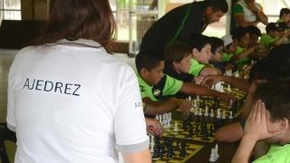 El juego ciencia se suma como propuesta a la colonia del Club Aseba