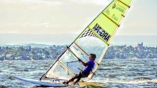 Adriano Nick tuvo un gran desempeño en el Sudamericano de Windsurf