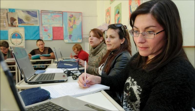 """""""En julio se egresarán 300 alumnos más"""""""