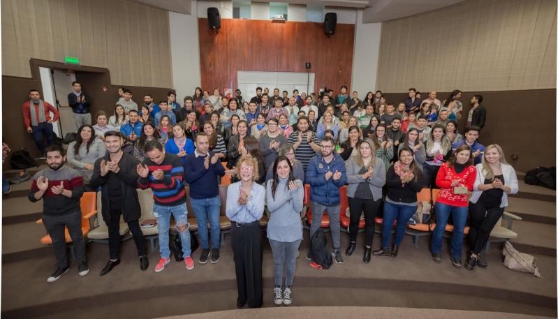 """""""El gobernador de la provincia de San Luis quiere que todos los jóvenes sanluiseños tengan formación universitaria"""""""