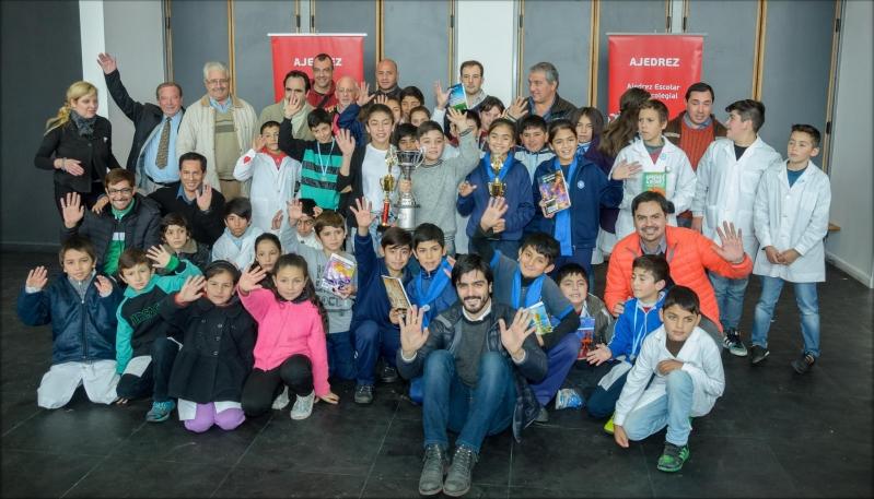 El primer Torneo Interescolar del Bicentenario de Ajedrez convocó a más de 50 alumnos