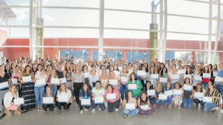 Más de 170 docentes recibieron su certificado de Google