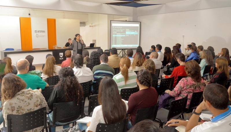 La ULP capacitará a 800 docentes del PIE y el Plan 20/30
