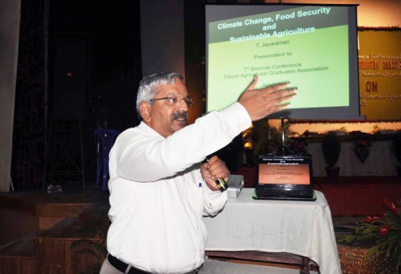 Una conferencia para pensar los desafíos del nuevo siglo