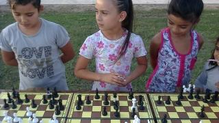 Las piezas de ajedrez se movieron en Villa Mercedes