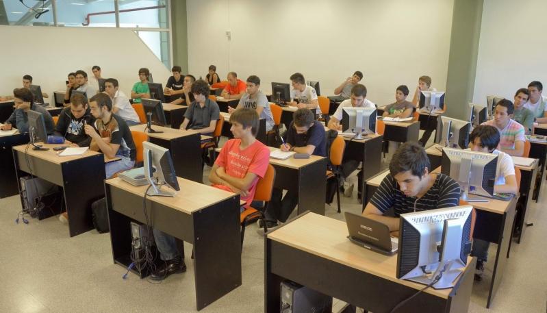La ULP promociona sus carreras en escuelas de toda la provincia