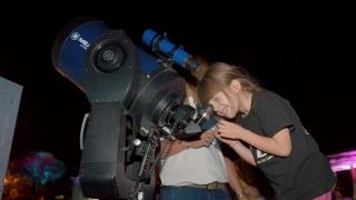 La Luna y Saturno en un espectáculo astronómico imperdible