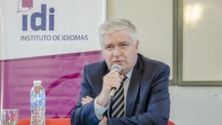 El Ministro Consejero de Rusia disertó en el Instituto de Idiomas