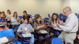 Tecnología y experimentación, las claves para enseñar ciencias naturales en el aula de hoy