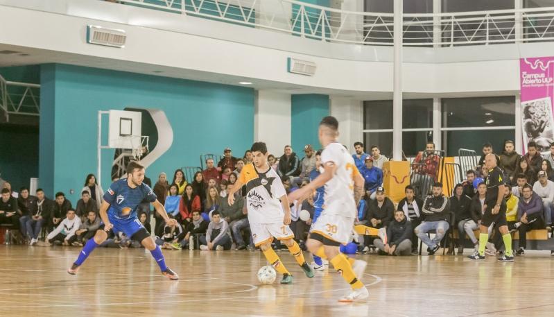 """Futsal: """"Eva Perón"""" se coronó en el Campus de la ULP"""