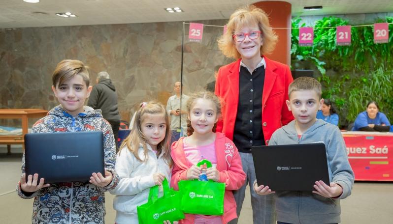 Suman 23.492 los dispositivos entregados a alumnos, docentes y jubilados