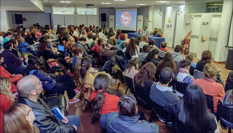 Cientos de docentes se interiorizaron en la industria del videojuego y su aplicación en el aula
