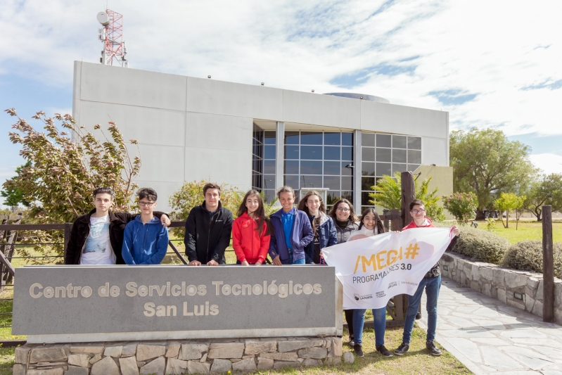 Los Mega Programadores recorrieron el Data Center