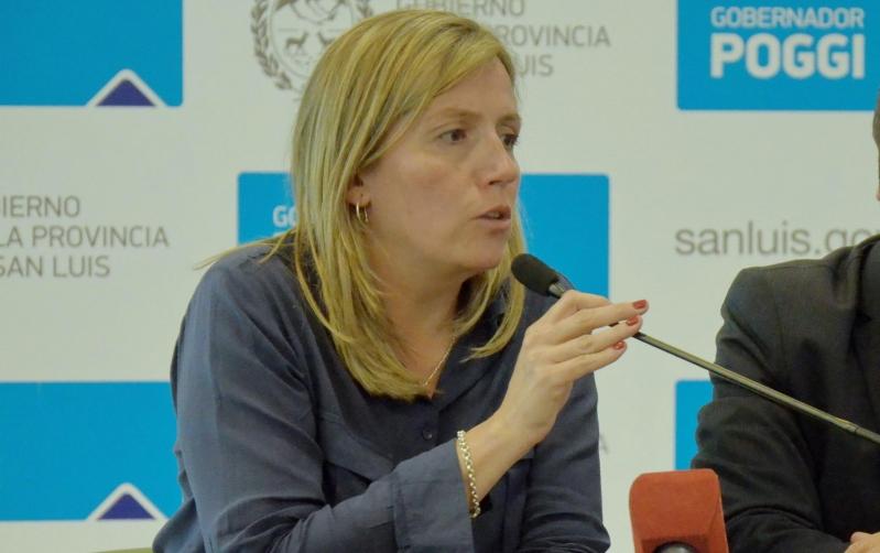 La rectora de la ULP explicó las etapas del plan universal