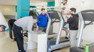 Ciro Vargas, especialista en evaluaciones deportivas, realizó mediciones en el Campus