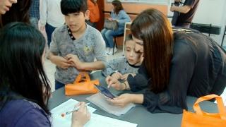 Alumnos del Centro Ailen recibieron sus tabletas