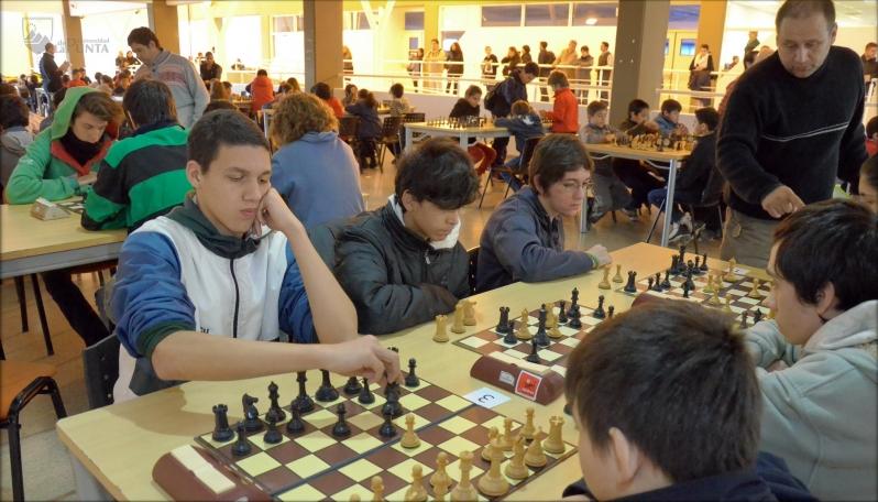 Dos importantes competencias ajedrecísticas reunirán a más de 1.700 chicos