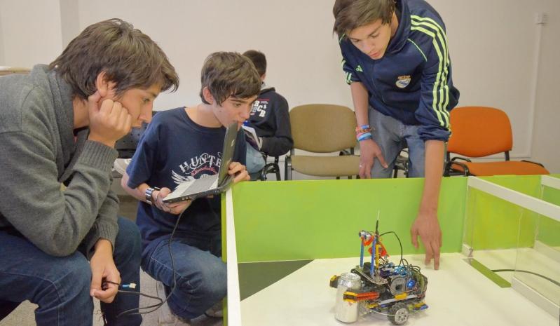 Talleres de robótica ULP: el inicio de una nueva vida