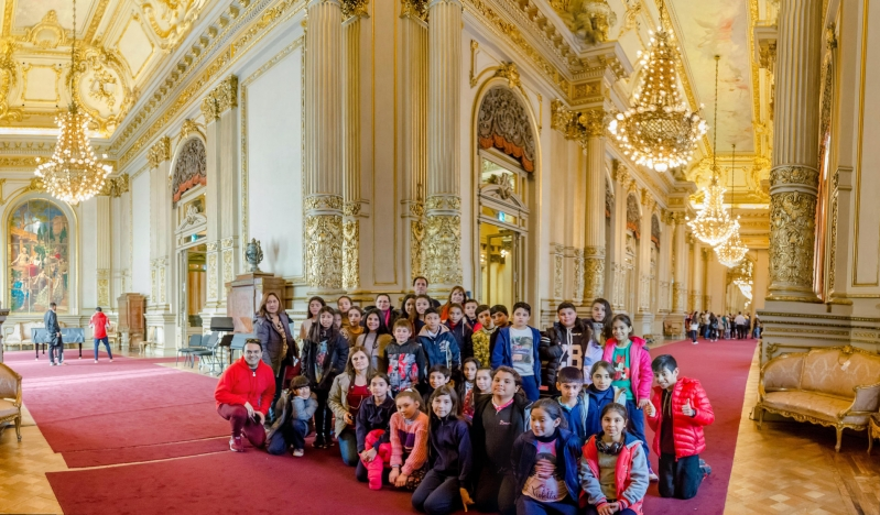 """El Teatro Colón y el Congreso de la Nación deslumbraron a los chicos de la Escuela """"Manuel Belgrano"""""""