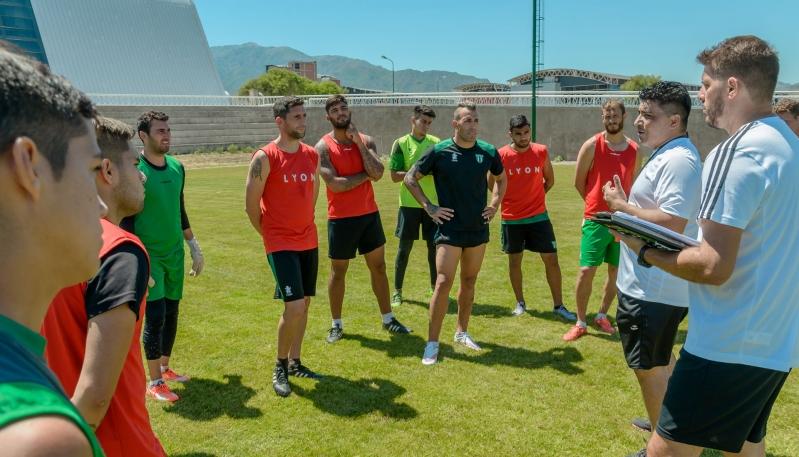 Sportivo Estudiantes es el primer equipo de fútbol en entrenar en el Campus Abierto ULP