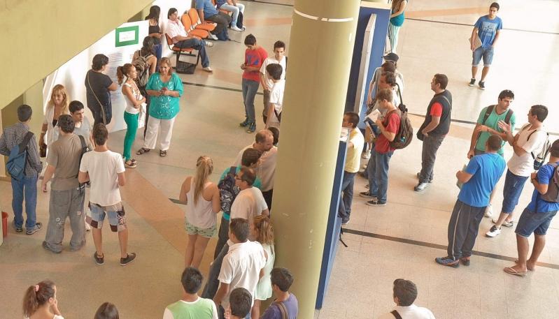 Más de 1.000 jóvenes optaron por las carreras de la ULP