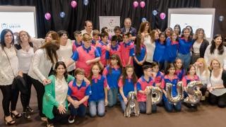"""Emoción y alegría en el egreso de los alumnos  de la Escuela Pública Digital """"Albert Einstein"""""""