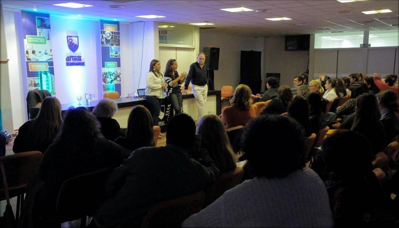 """Se suspende el seminario """"Atención domiciliaria como apoyo de la reinserción social y el rol del farmacéutico"""""""