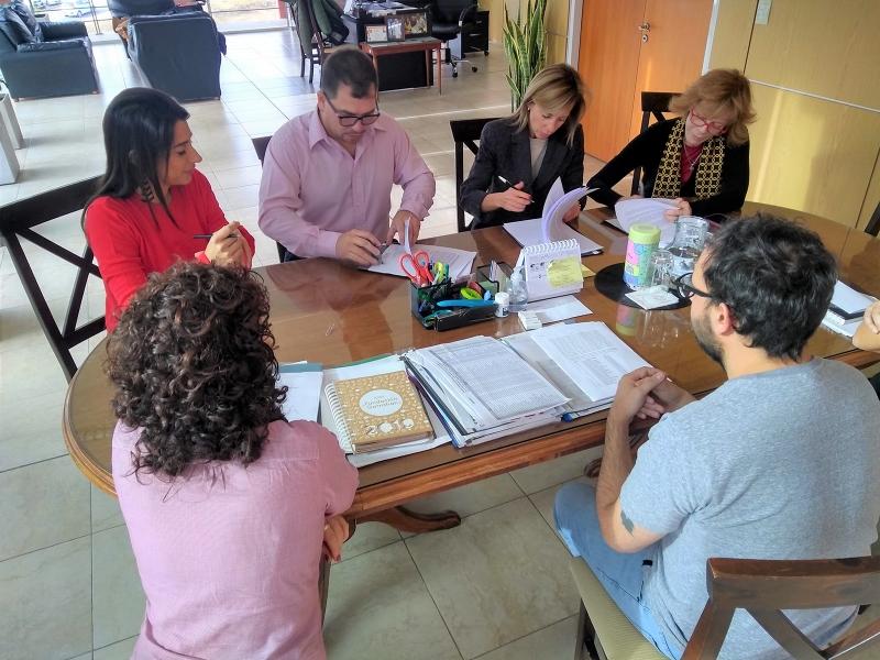 El Gobierno provincial firmó un convenio con el Colegio de Psicólogos de San Luis