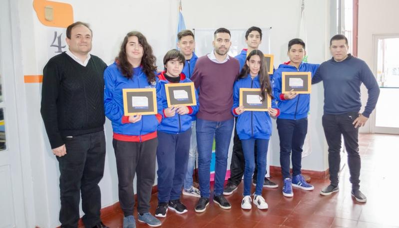 Los finalistas recibieron su invitación al examen presencial
