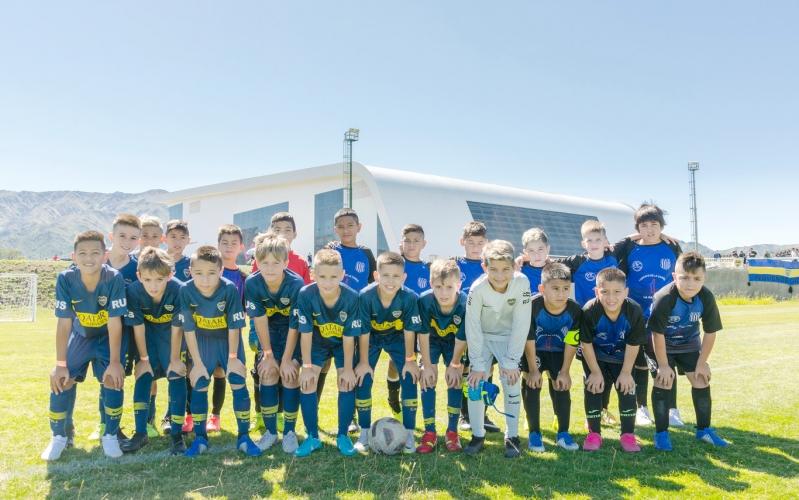 Mundialito de fútbol: arrancó la acción en el Campus