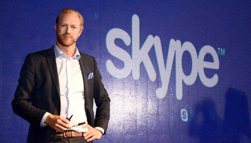 Las conferencias magistrales del cocreador de Skype y el Cazador de Mitos cambian de día y horario