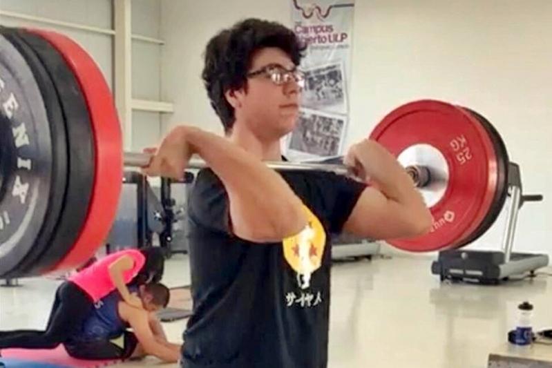 Representante de levantamiento olímpico del Campus Abierto ULP competirá en el Abierto de Powerlifting 2018