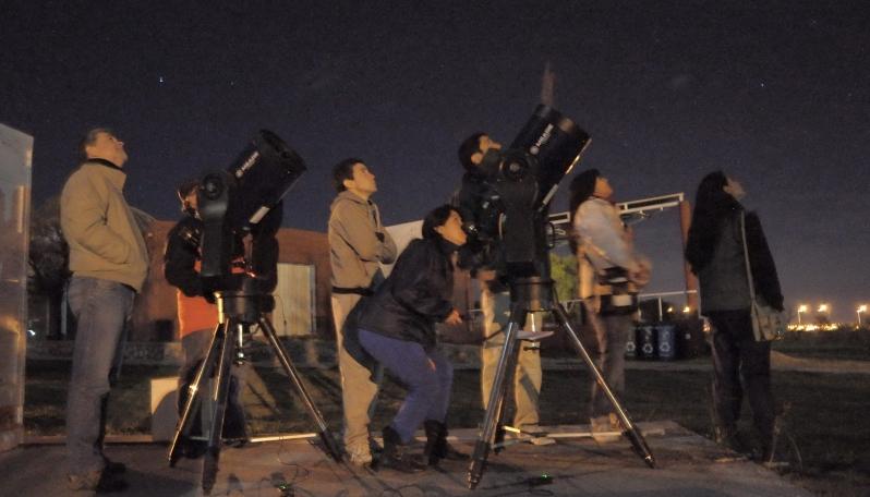 La Noche Internacional de la Observación de la Luna se vivió en el PALP