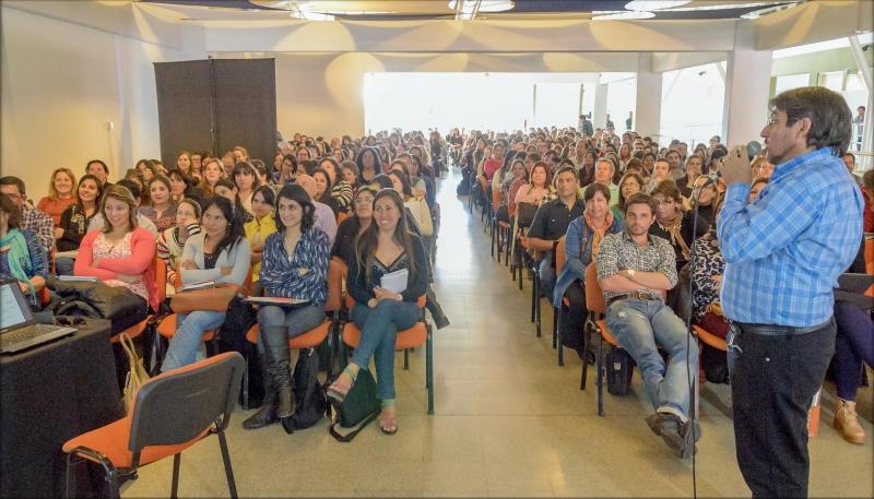 La ULP capacitó a más de 700 docentes del PIE y del 20/30