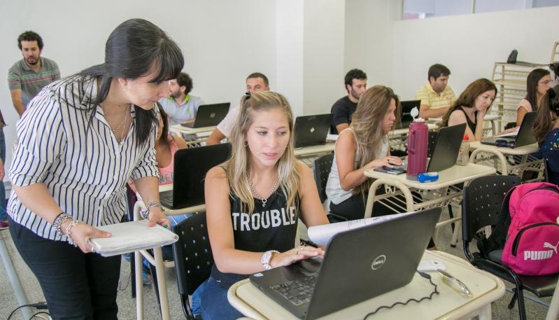 Más de 130 docentes de toda la provincia se capacitan en la ULP