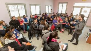 """Agentes sanitarios recibieron su tableta y se capacitaron en el uso de la aplicación """"Ramón Carrillo"""""""