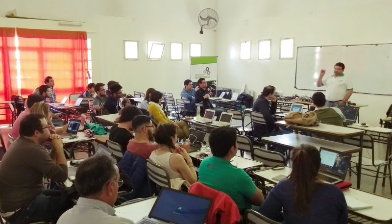 La robótica educativa puntana fue presentada en Mendoza